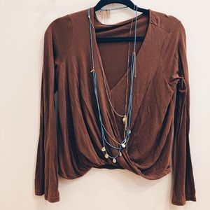 American Eagle Blouse V Neck Crop Womens Size M